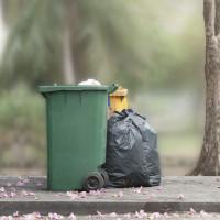 Ne jetez pas n'importe comment à la poubelle !